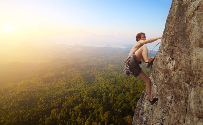 Emprendedor superando un reto