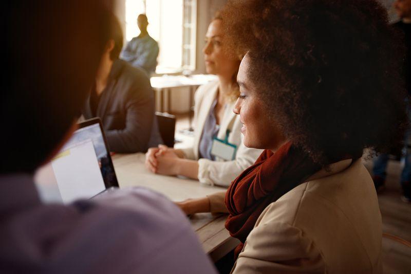 ¿Por qué no debes usar tu perfil personal para promocionar tu negocio?
