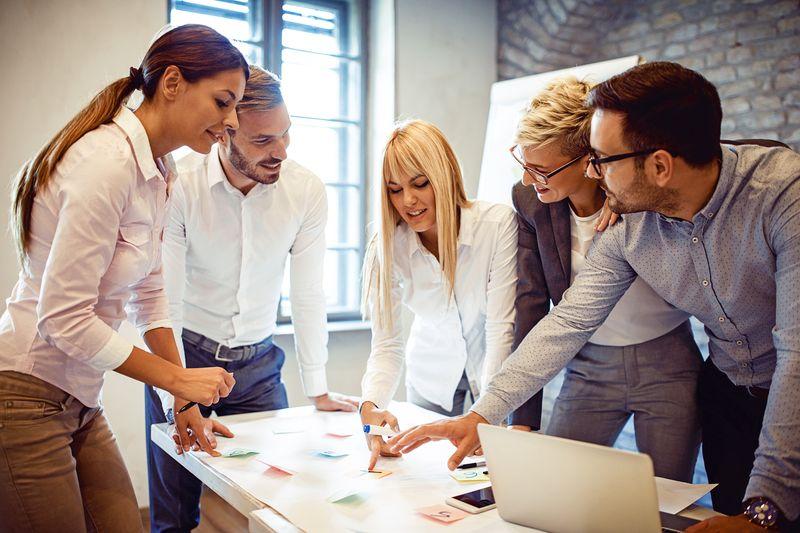 Profesionales fundamentales para una empresa en plena era digital